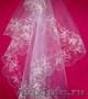 Свадебная фата с вышивкой,  вышит. и напечат. рушники,  подушечки,  свадеб. зонтики